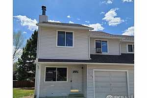 More Details about MLS # 937461 : 1558 PEACOCK PL