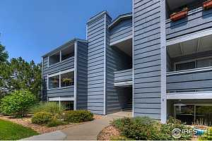 Browse active condo listings in HUNTER CREEK