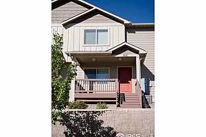Browse active condo listings in LONGSVIEW TOWNHOME