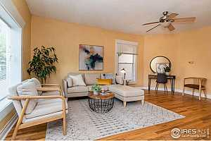 Browse active condo listings in HISTORIC BROADLAND